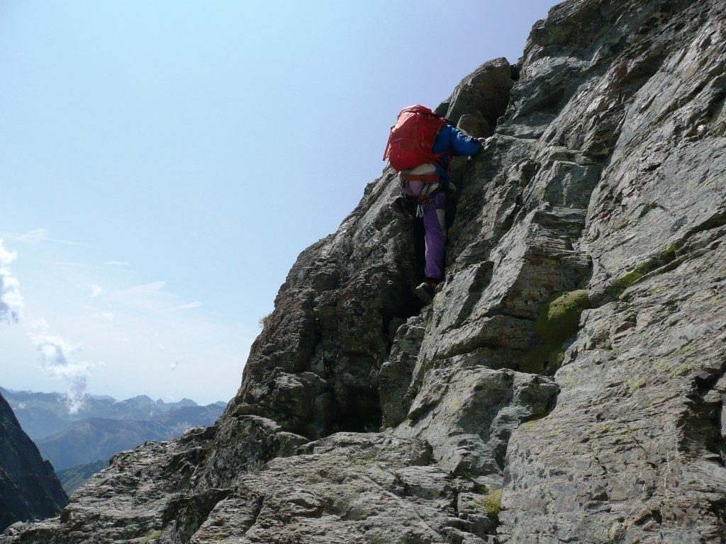 Tratto discesa finale per atterrare sulla pietraia, possibile anche la doppia ma avevamo già messo via la corda.