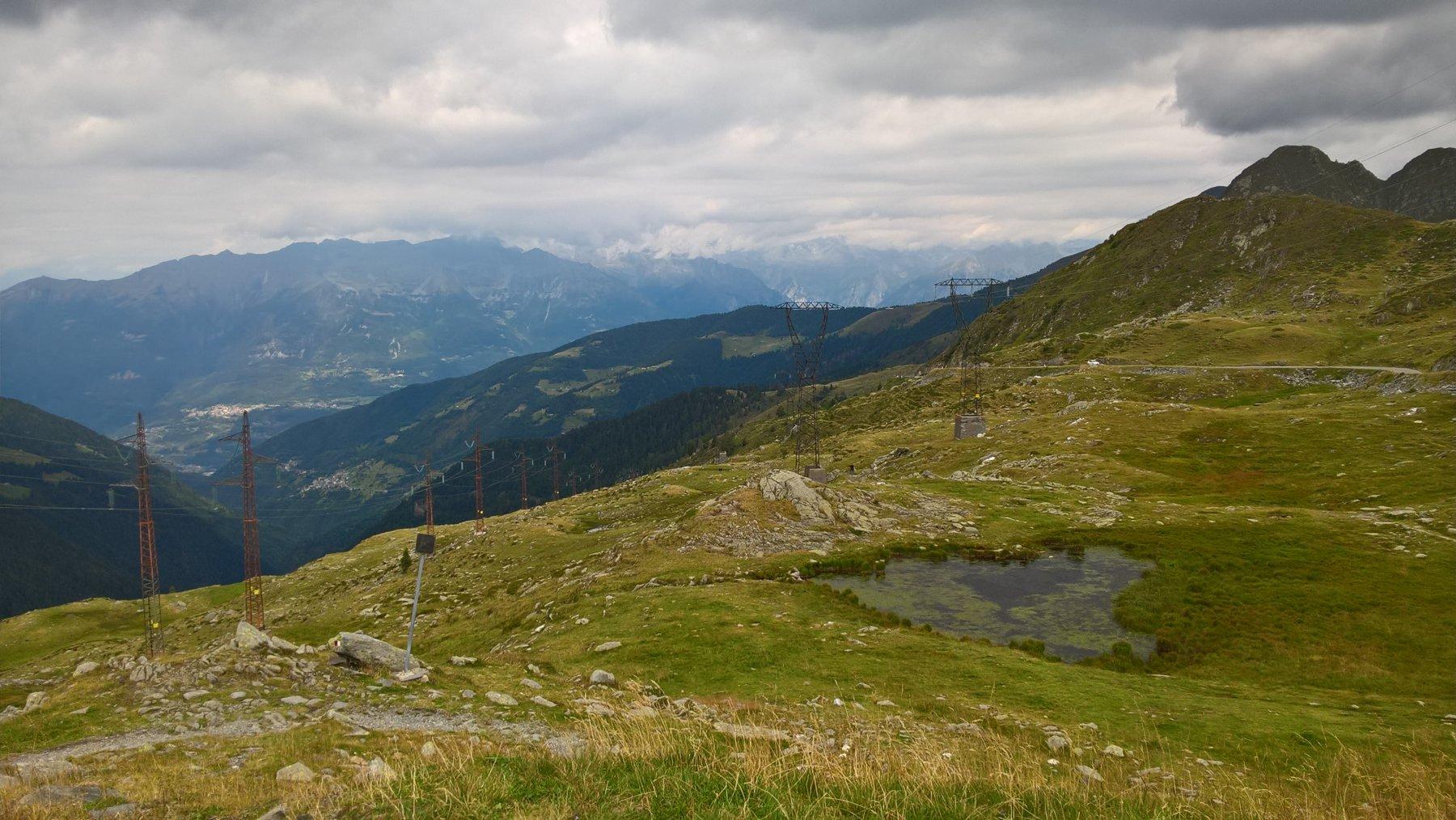Giumello e Paglio (Alpe) da Introbio 2017-08-20