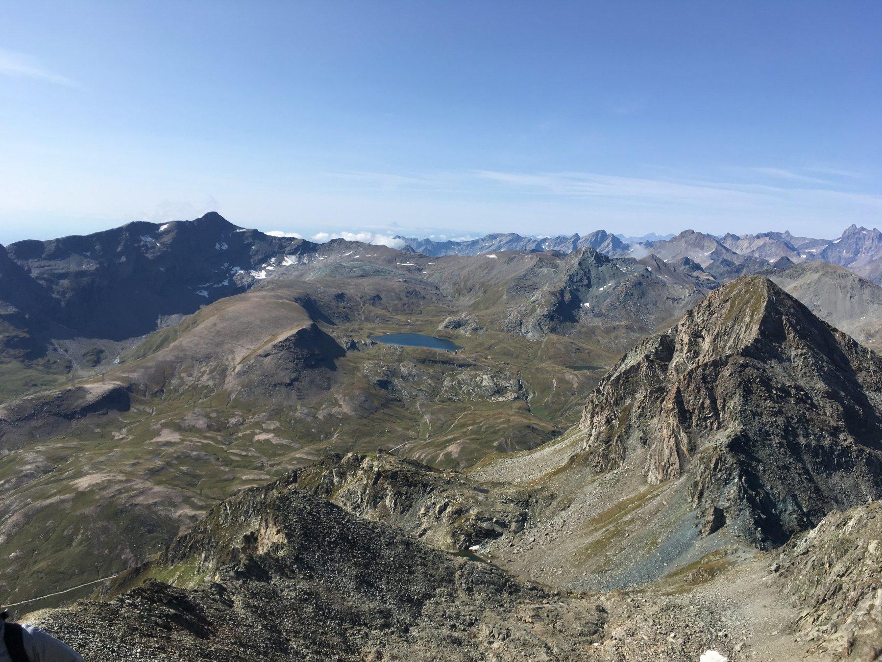 dalla cima verso il lago Miserin