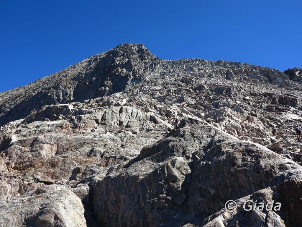Il Bastione visto da poco sotto il Passo di Brocan