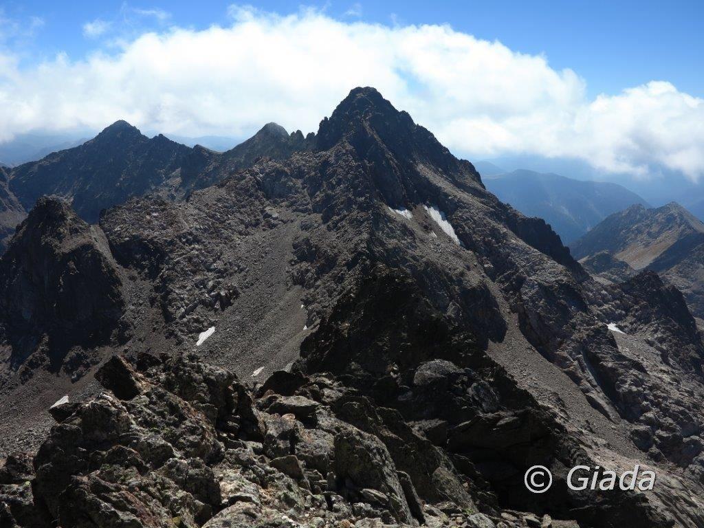 La cresta salita e dietro il Brocan