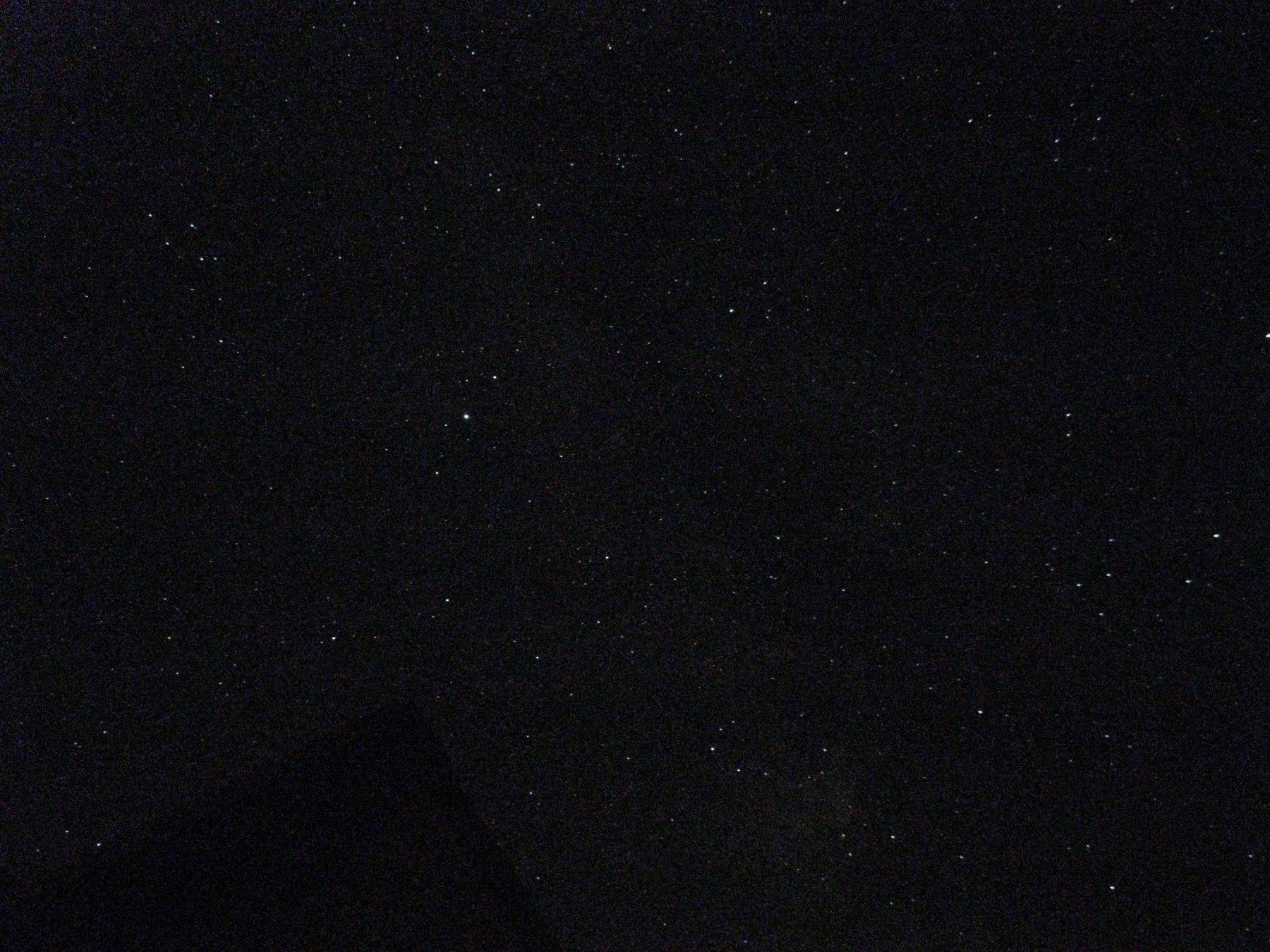 Notte stellata al Lago Verde (perdonatemi, è una vecchia compatta)