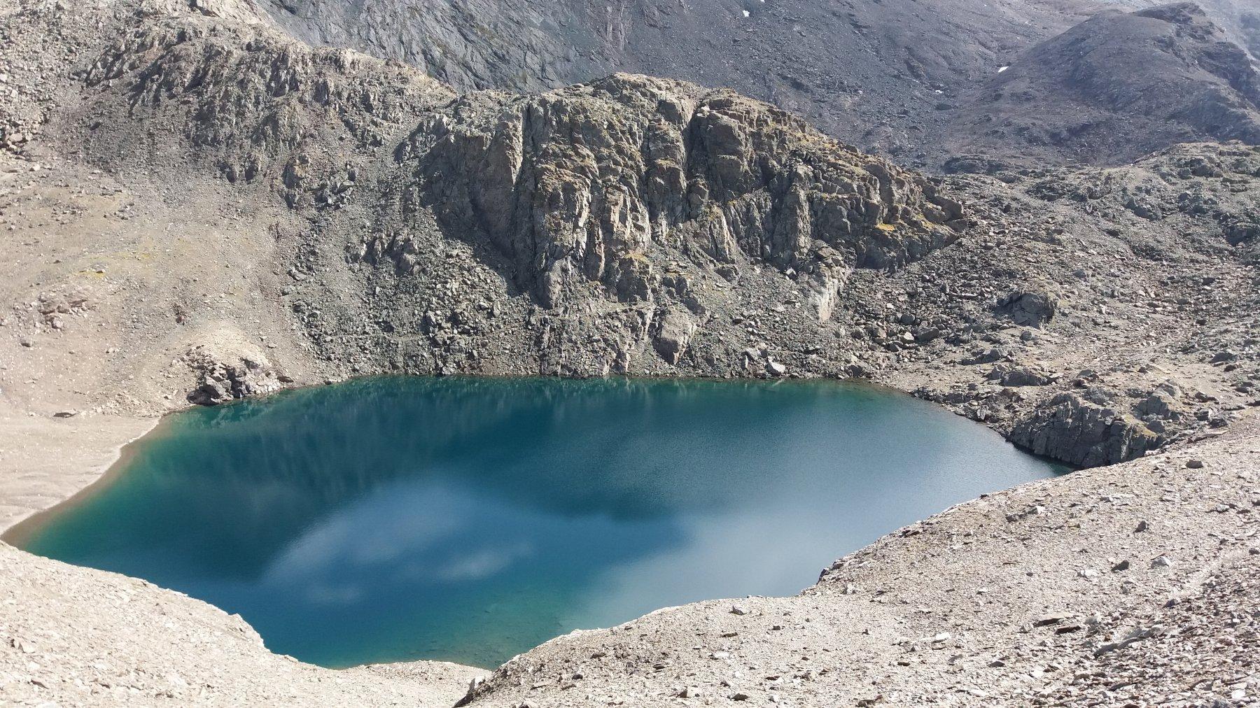 Uno dei laghi dell'Autaret