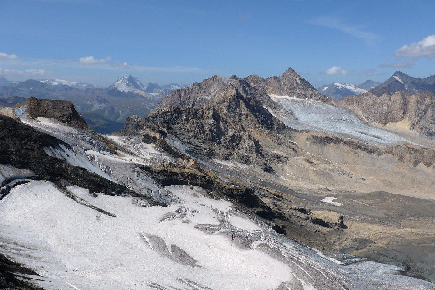Panorama verso la Tsanteleina