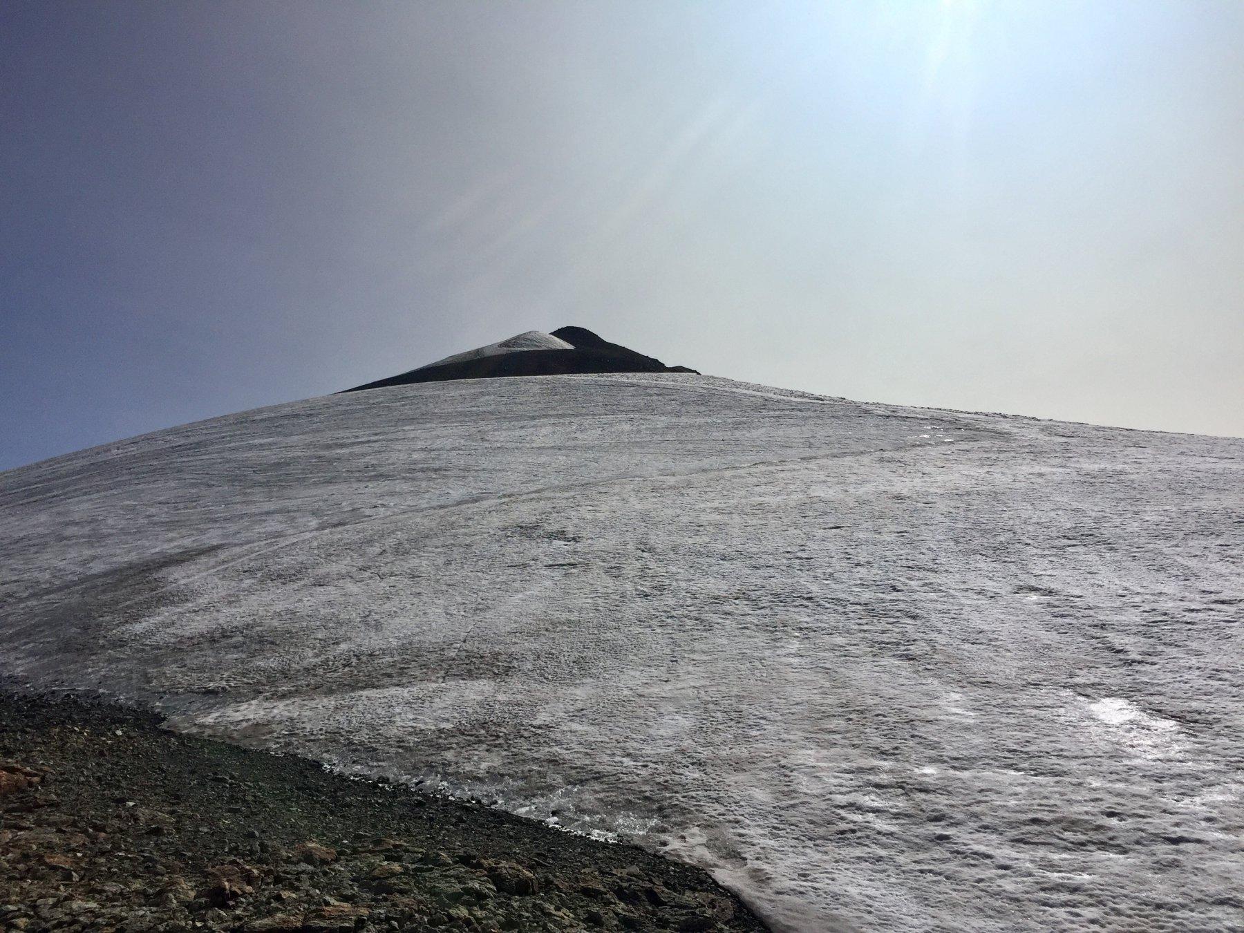 Nevaio quota 3350, dopo di nuovo pietre