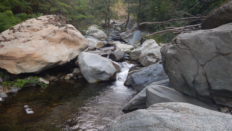 Il torrente si restringe