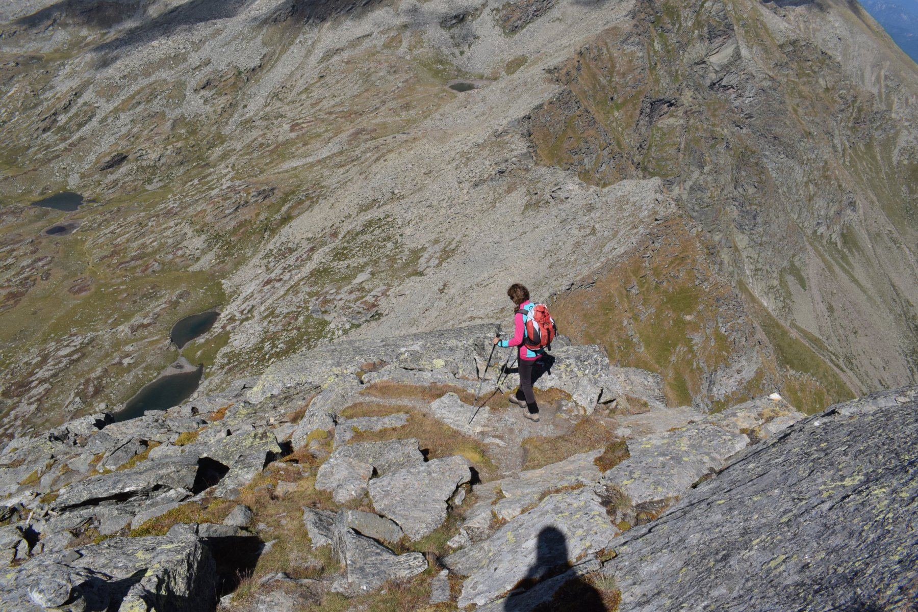 scendendo dalla cresta del Cornour
