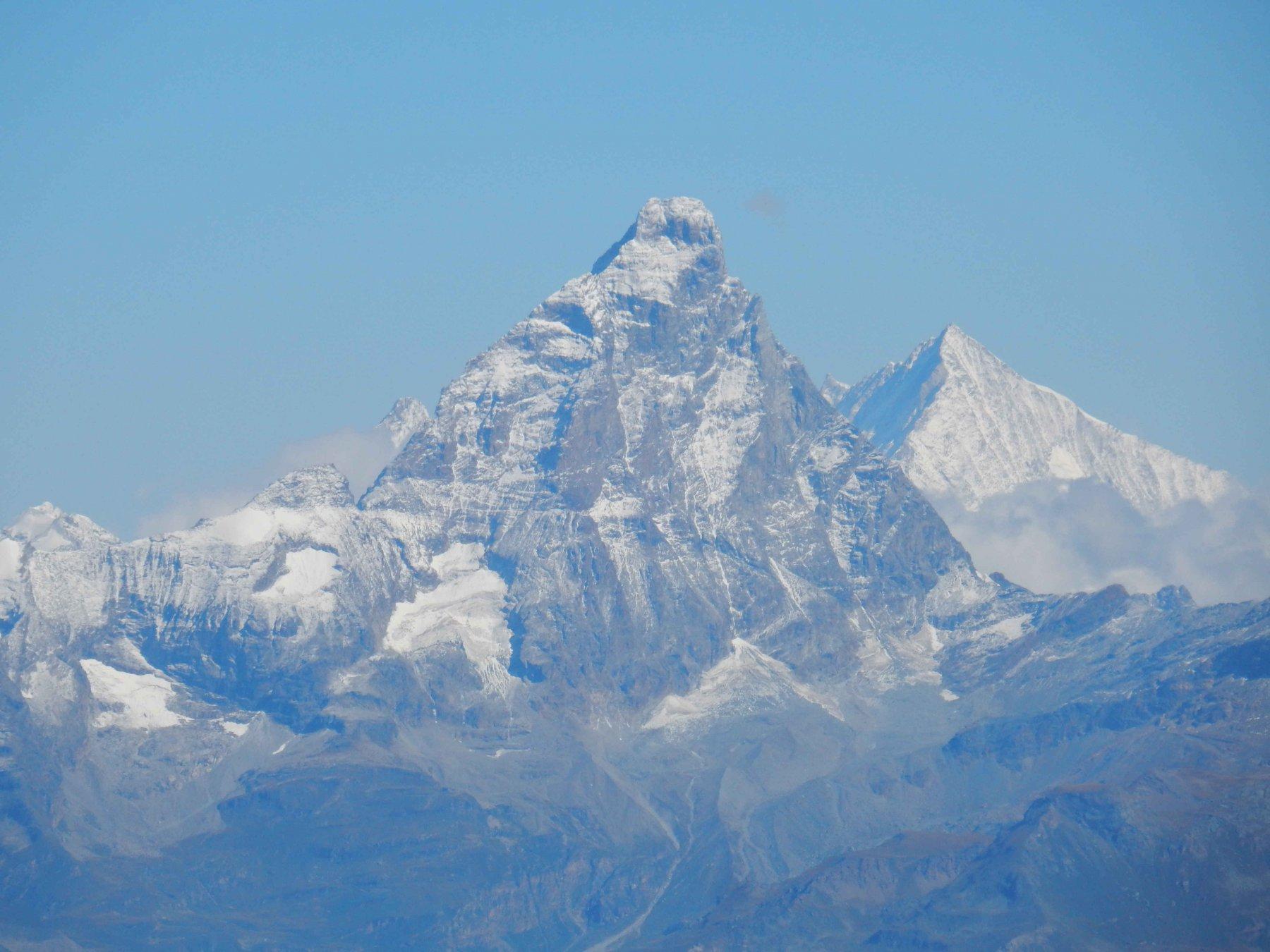 Cervino e Weisshorn zoomati dal M.glacier.