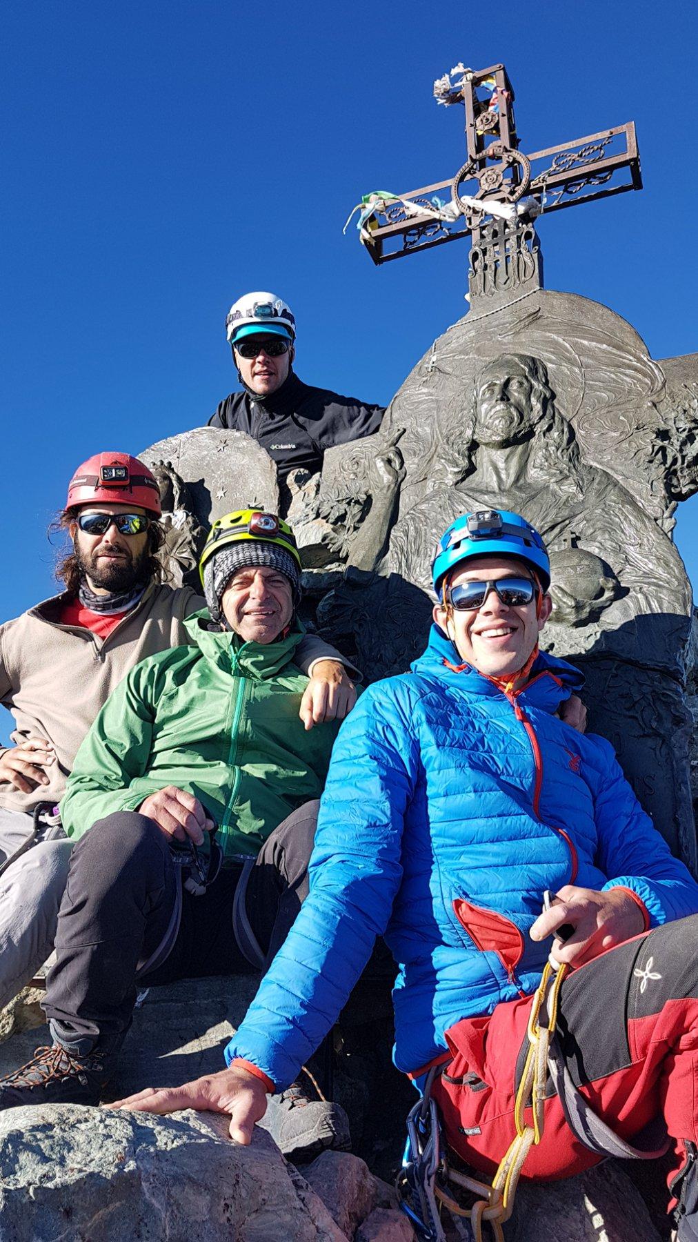 Il gruppo dei conquistatori del Boarelli: in alto Dani, al centro Giorgino ed in basso Nico. :)