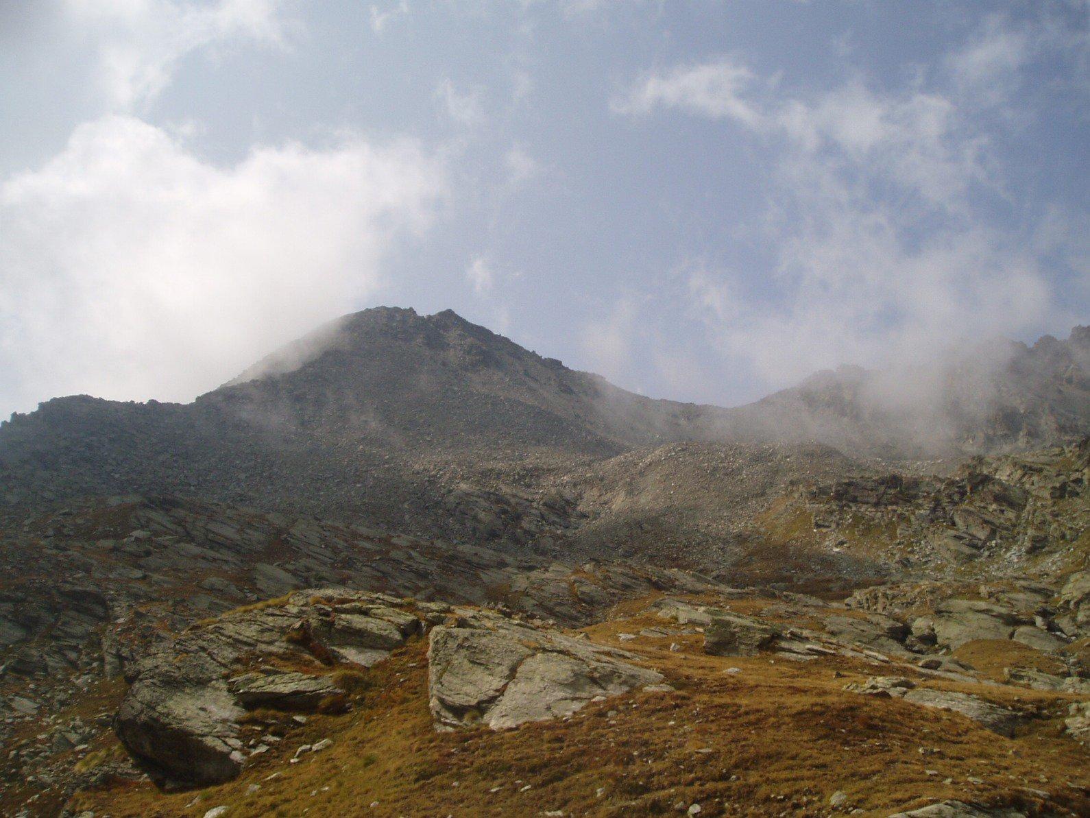 La punta vista dal Col Salvè.