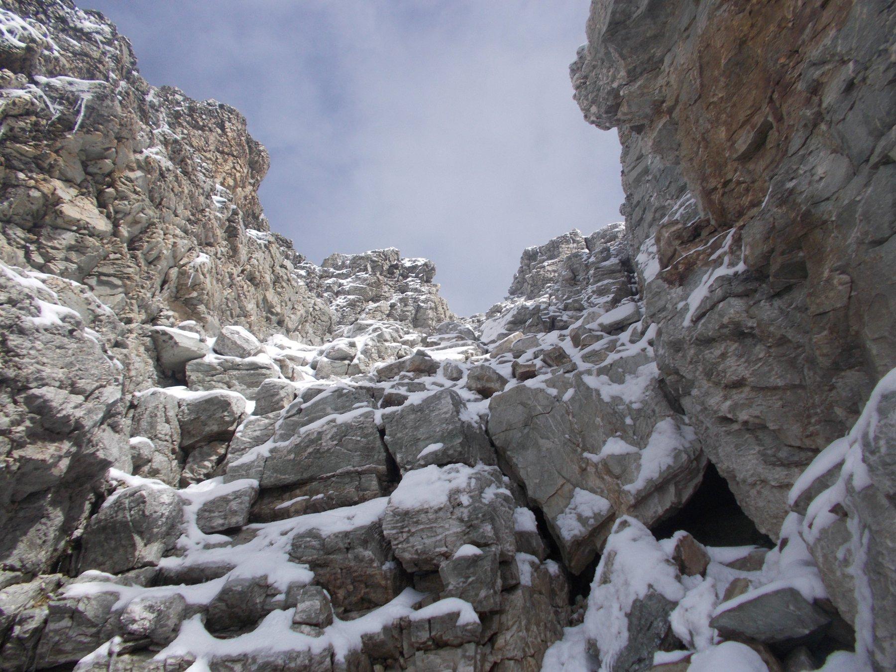 il canale gia' con mena neve al rientro dalla vetta..