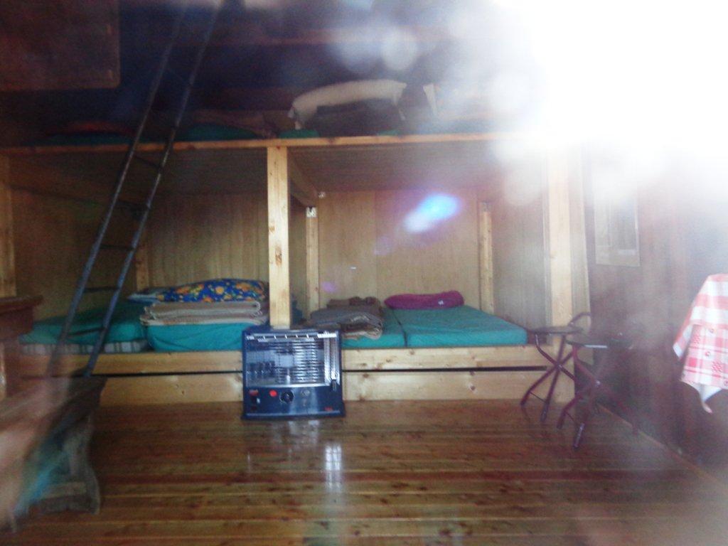 interno rifugio vecchio
