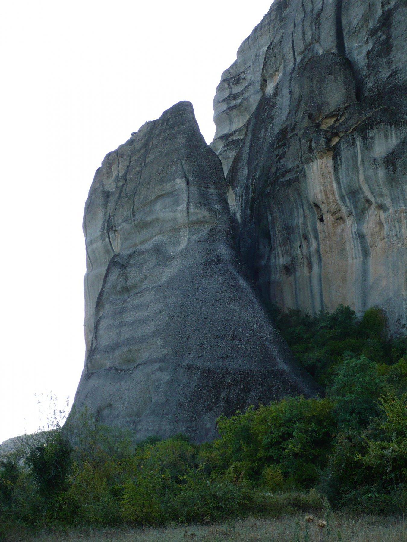 La SW ridge, chiara striscia senza muschio