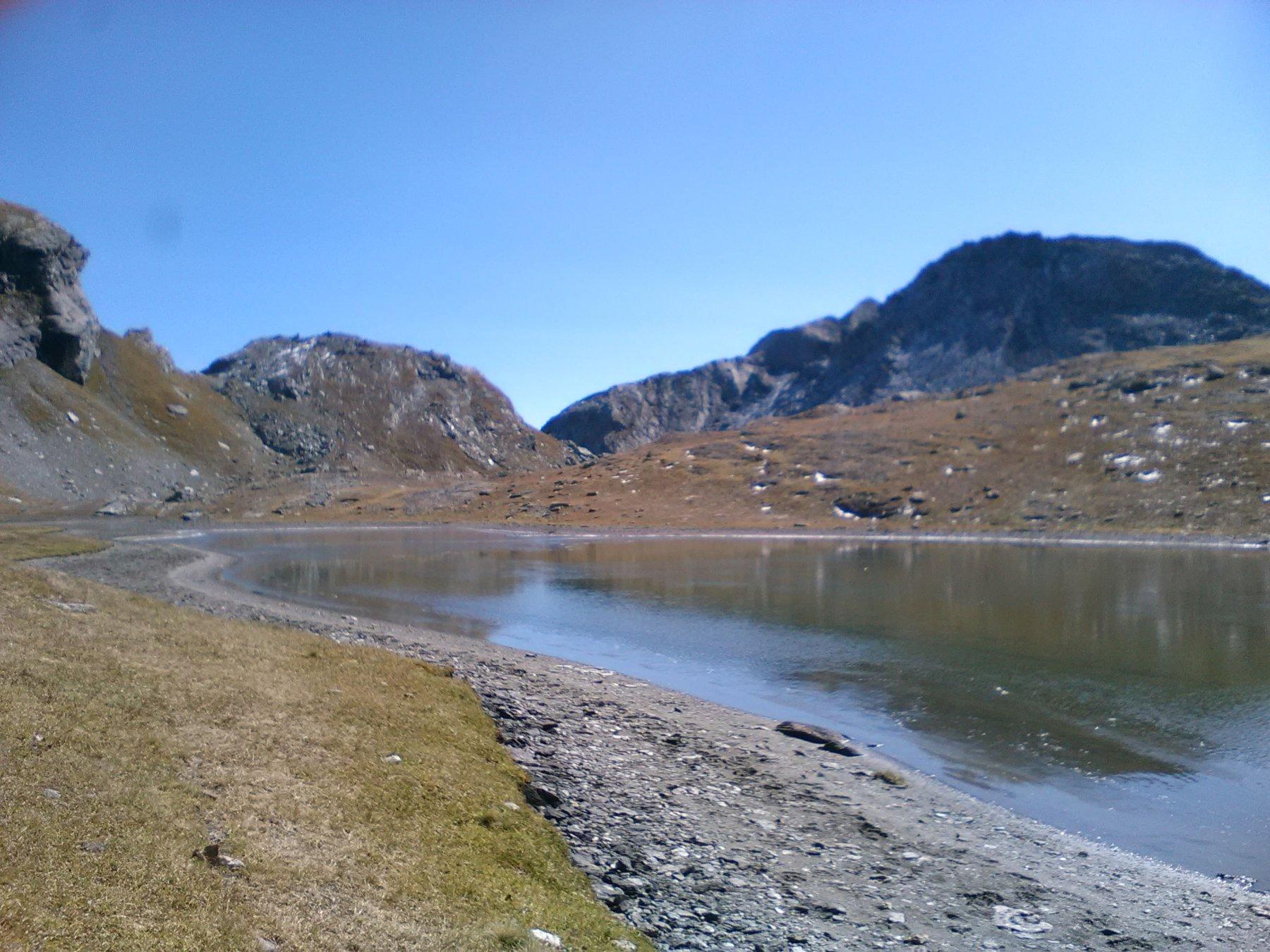 Lago Bessanetto verso le Mangiore