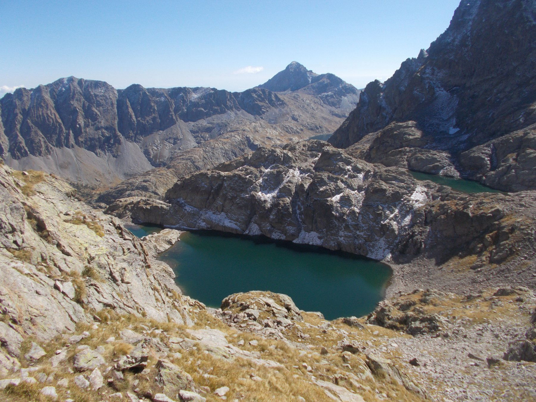 il bel lac Gele''..dal colle della Charnassere..abbellisce il paesaggio..