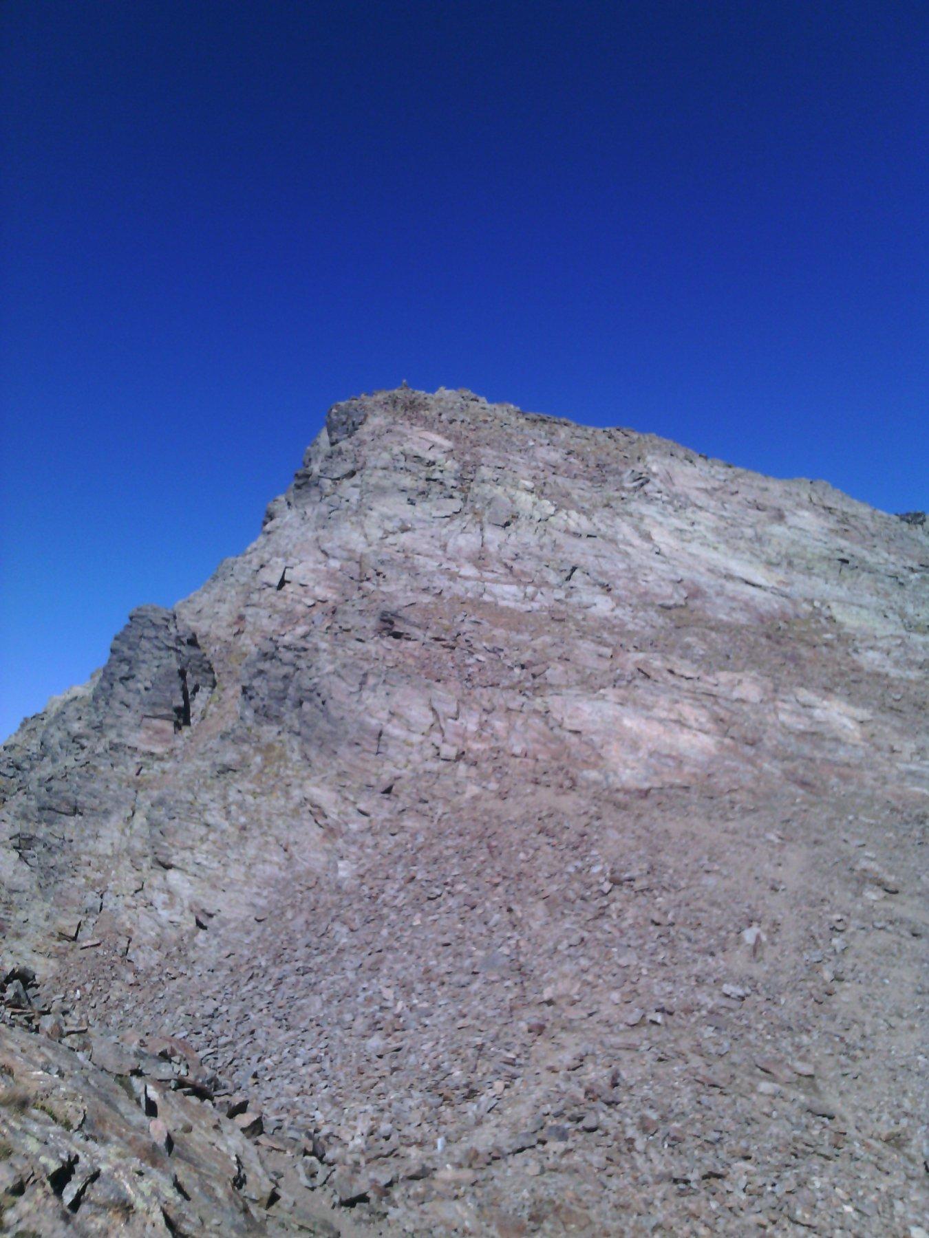 la cima sud d'Ischiator vista dal passo omonimo