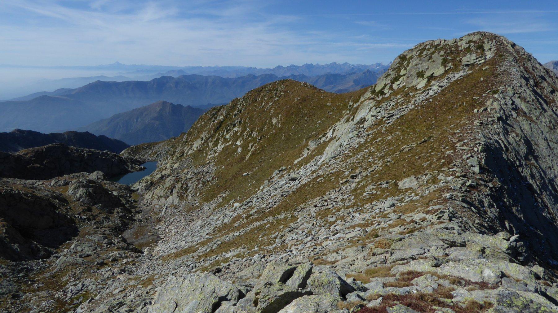 A destra, il Montin e il Colle superiore di Canaussa