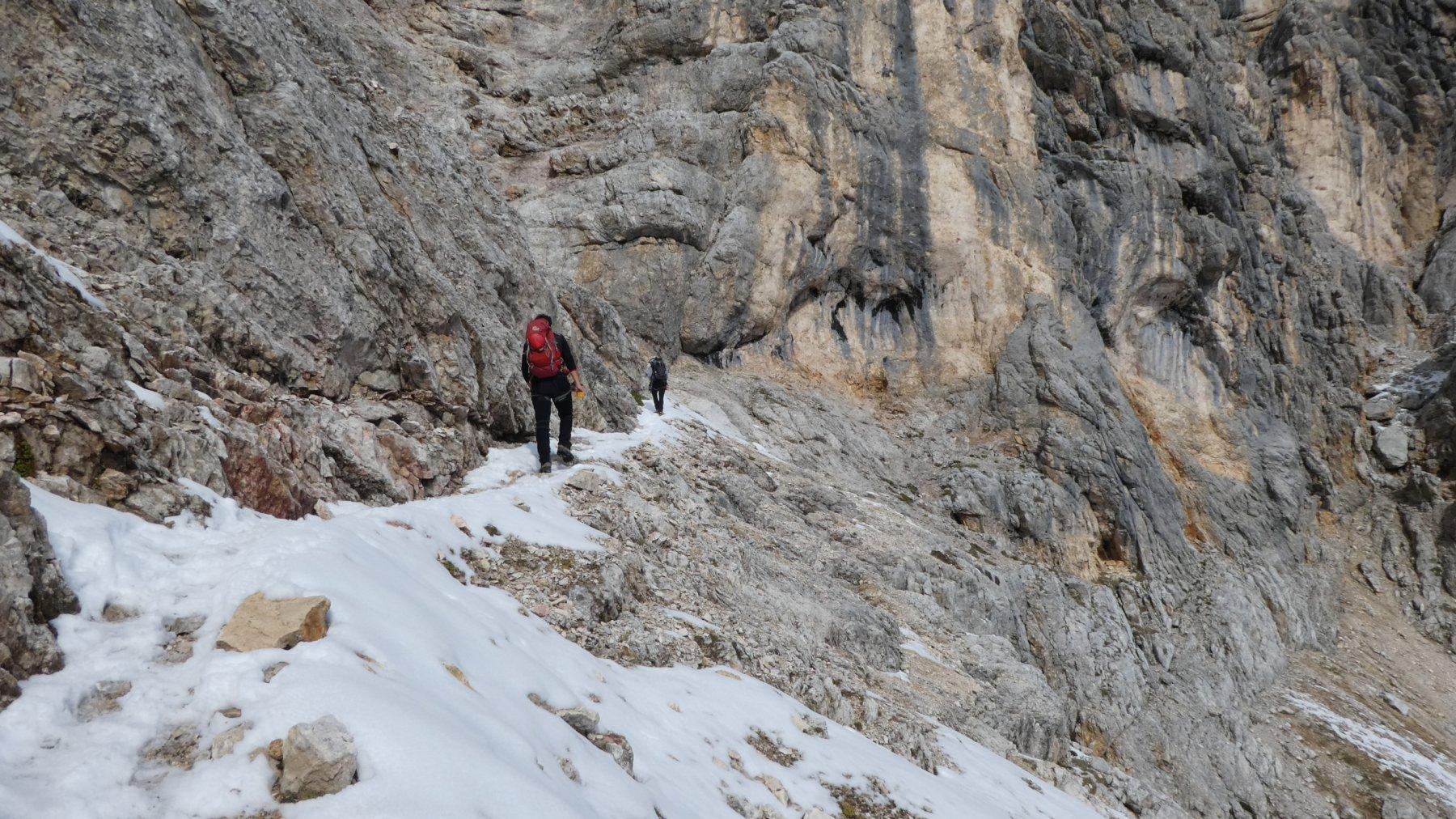 altra cengia a quota 2650 m salendo verso la Forcella Formenton