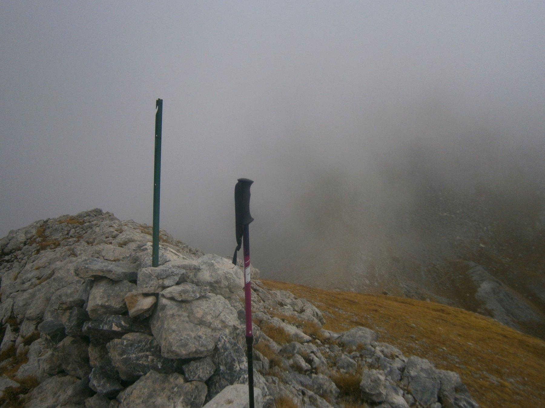 Cima di Gaina, il Margua è nella nebbia
