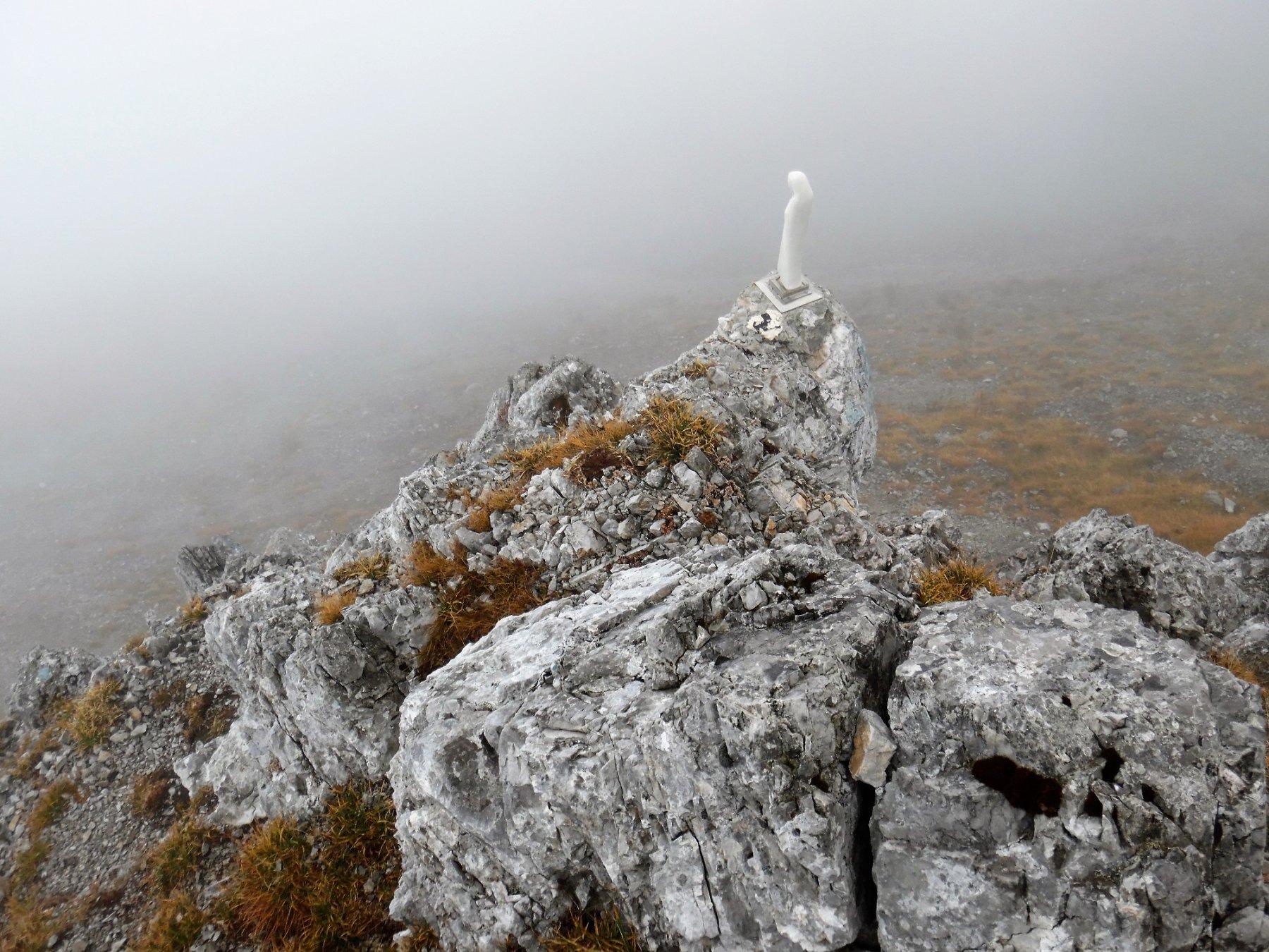 Pizzo di Corzene 2196 m, madonnina