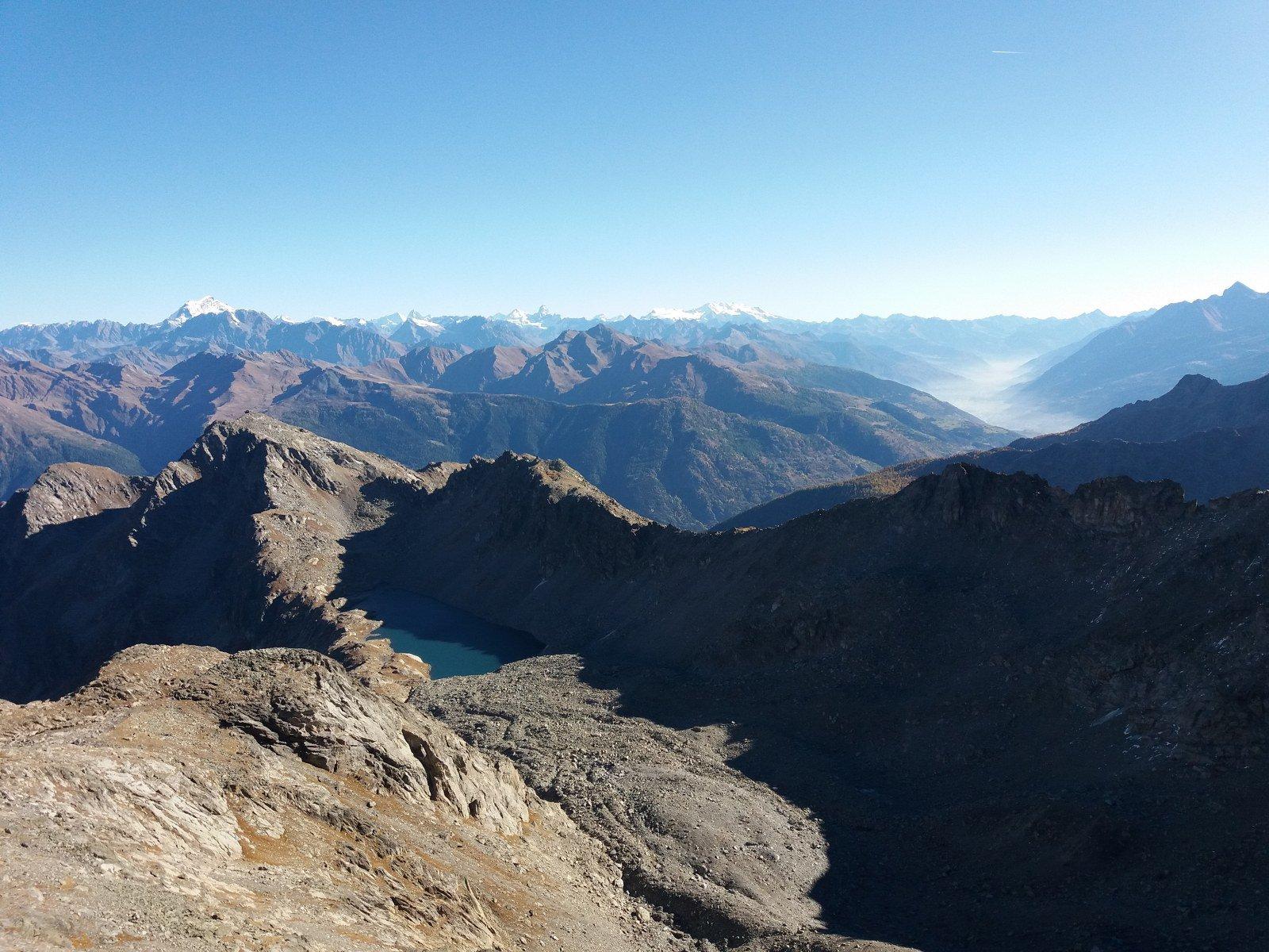 Dalla cima vista sul lago di Pietra Rossa, Gr.Combin, Cervino e Rosa