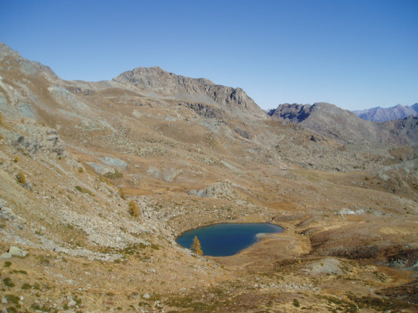 Tete des Hommes, Colle Lac blanc, Cima Piana e  Lago Rary.   Lago Raty com