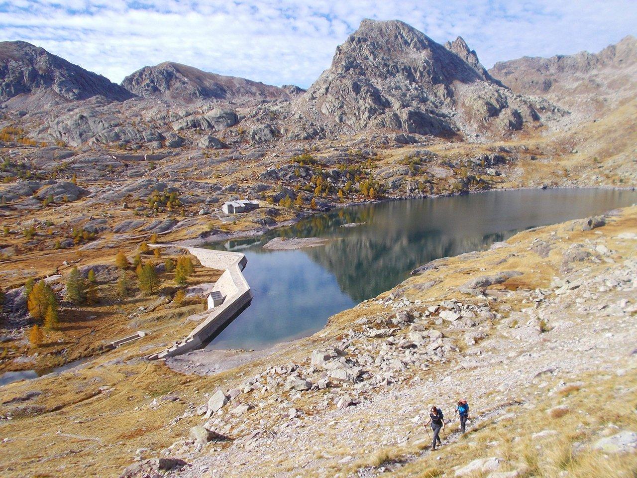 Il Lac Long salendo verso la cima