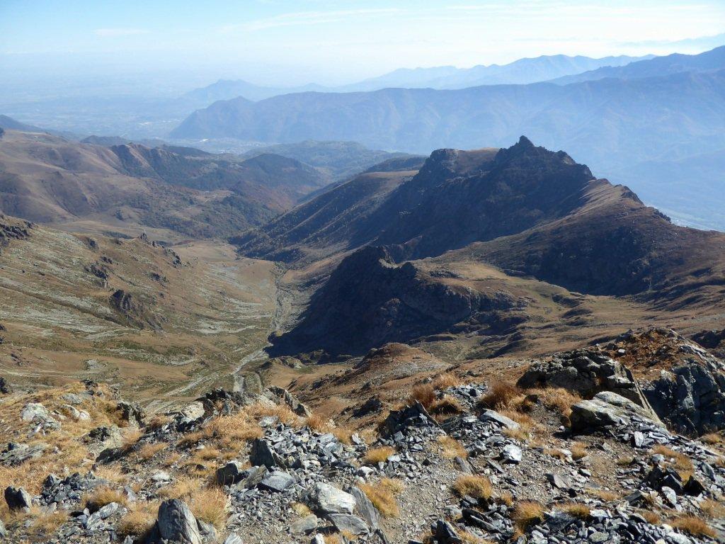 Dalla punta verso Rocca Patanua.