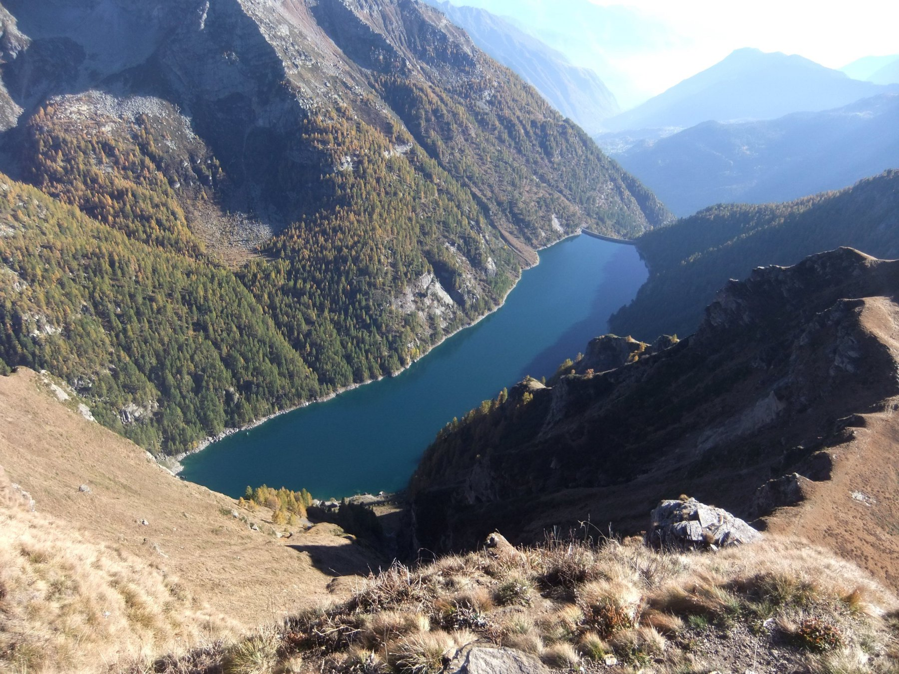 Dalla cima del Sangiatto : Lago di Agaro