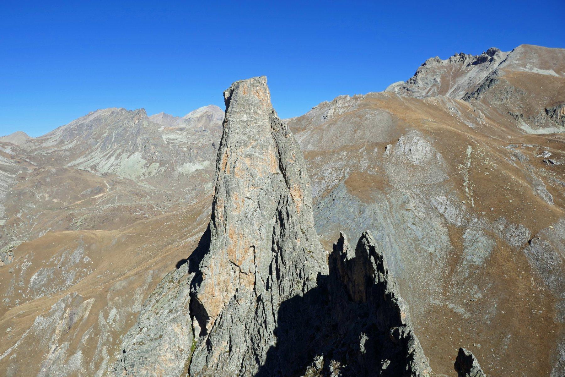La Torre Castello e la punta Figari ammirati dalla Provenzale