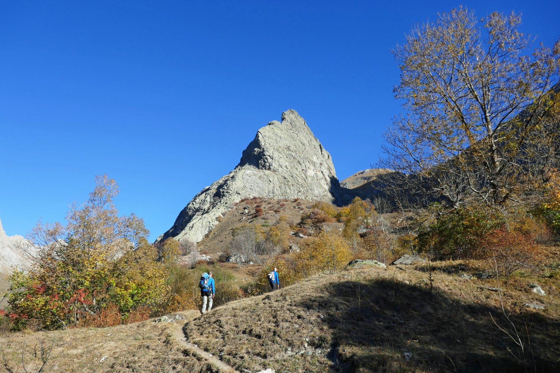 In salita verso la Rocca Provenzale