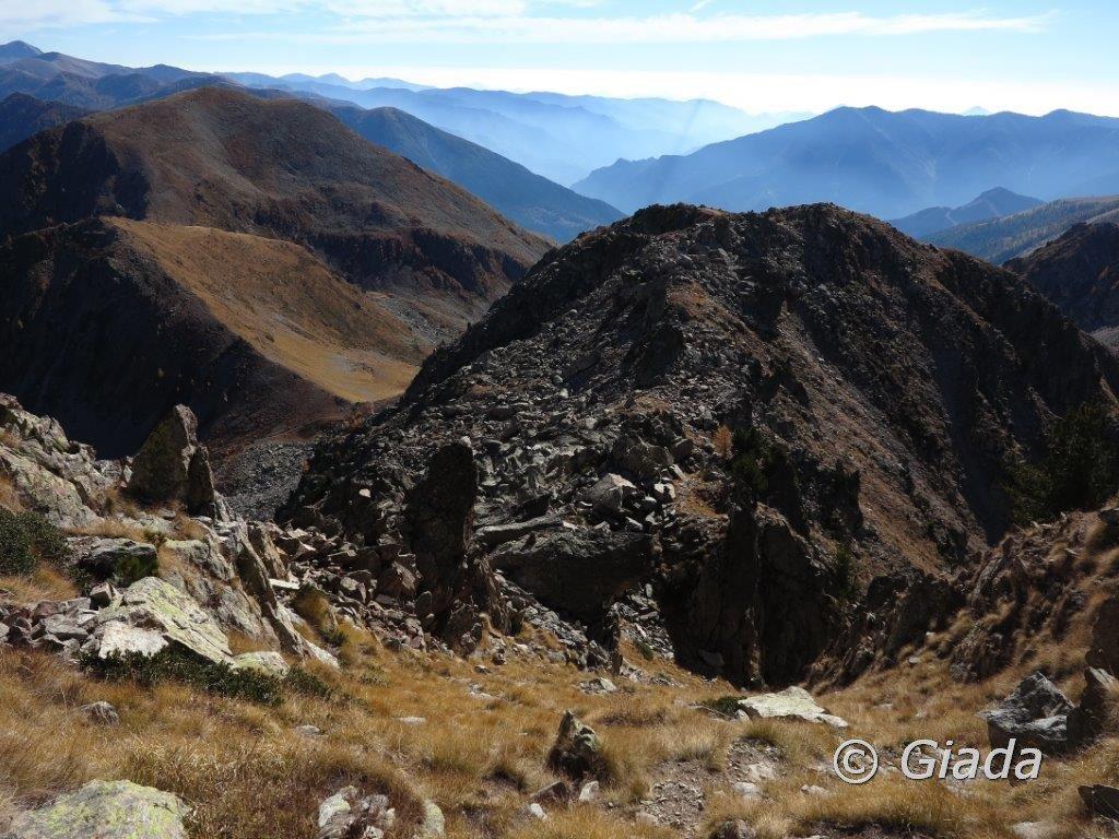 Il tortuoso percorso dell'ultimo tratto di salita visto dall'alto