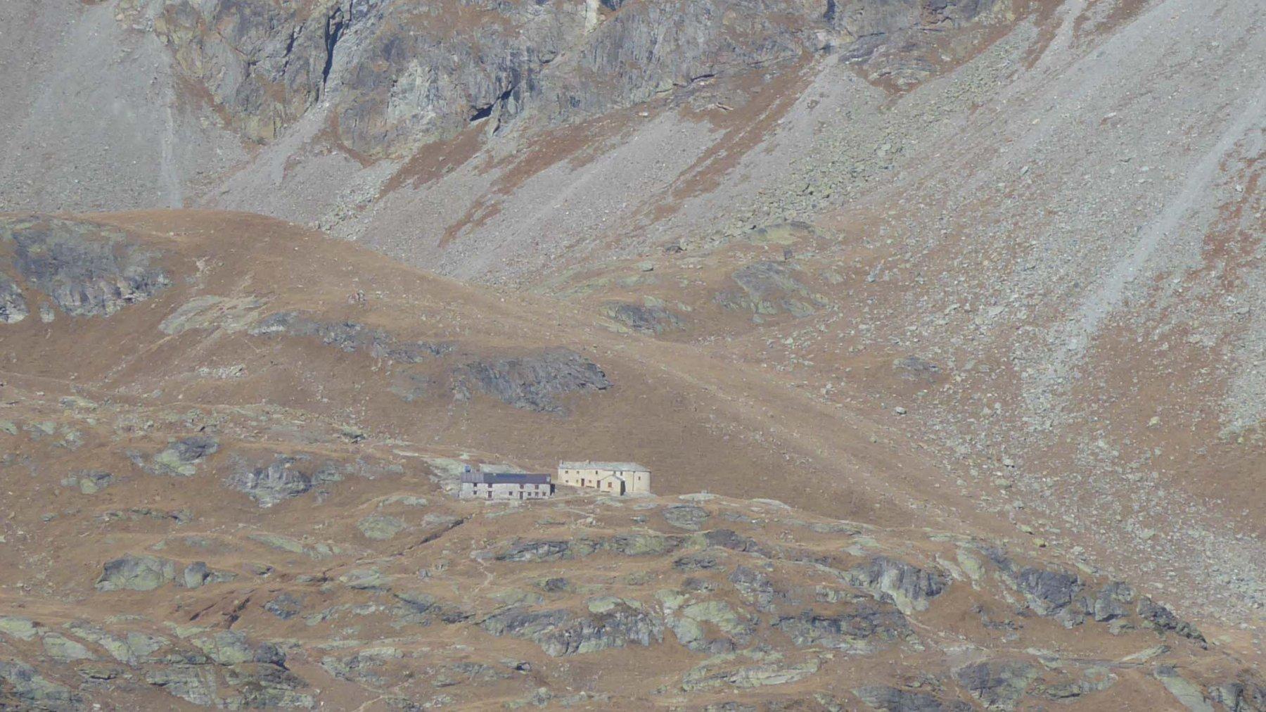 Rifugio e Oratorio di Cuney  2656 m.