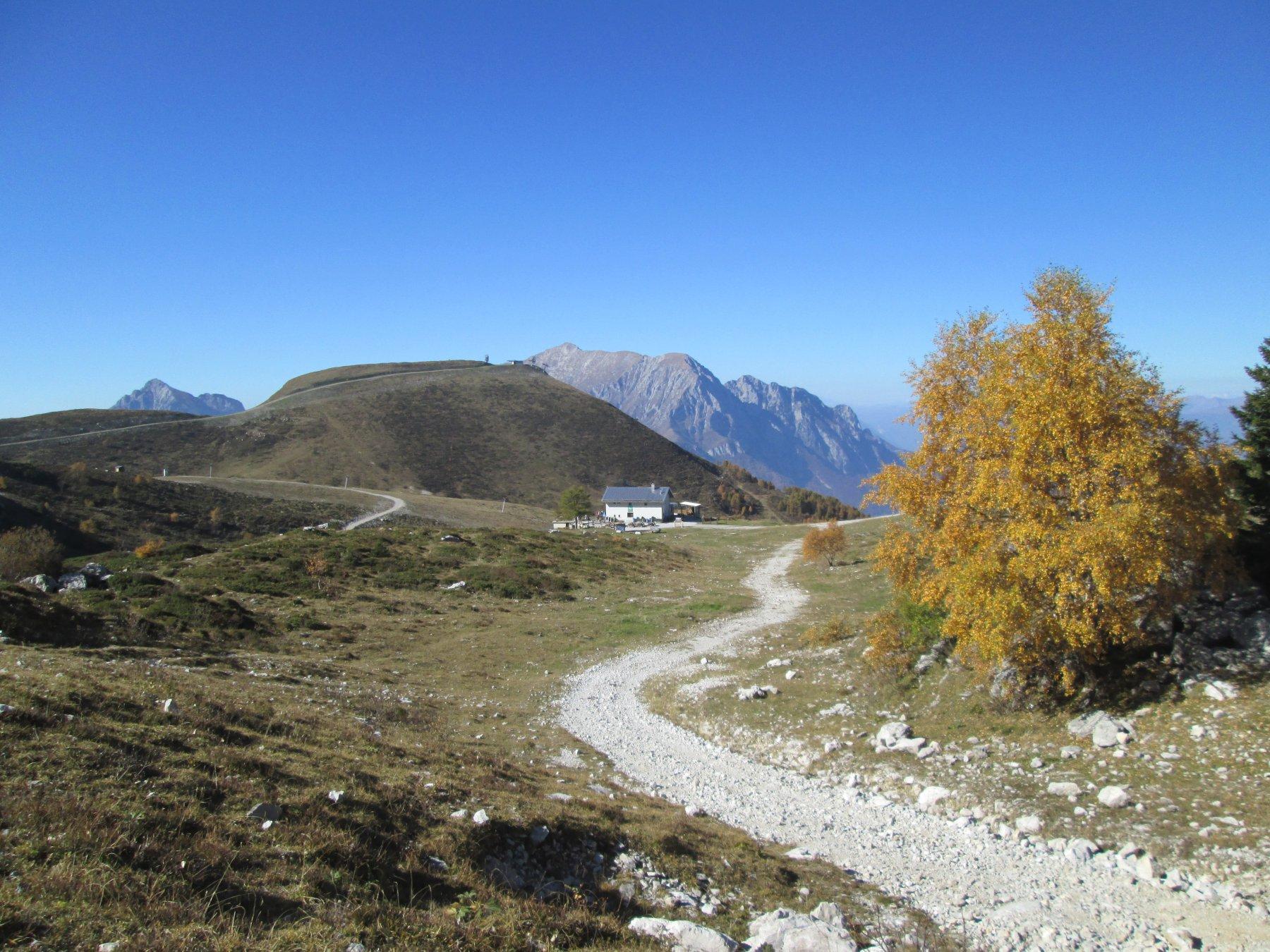 rifugio Lecco e Orscellera dall'alto