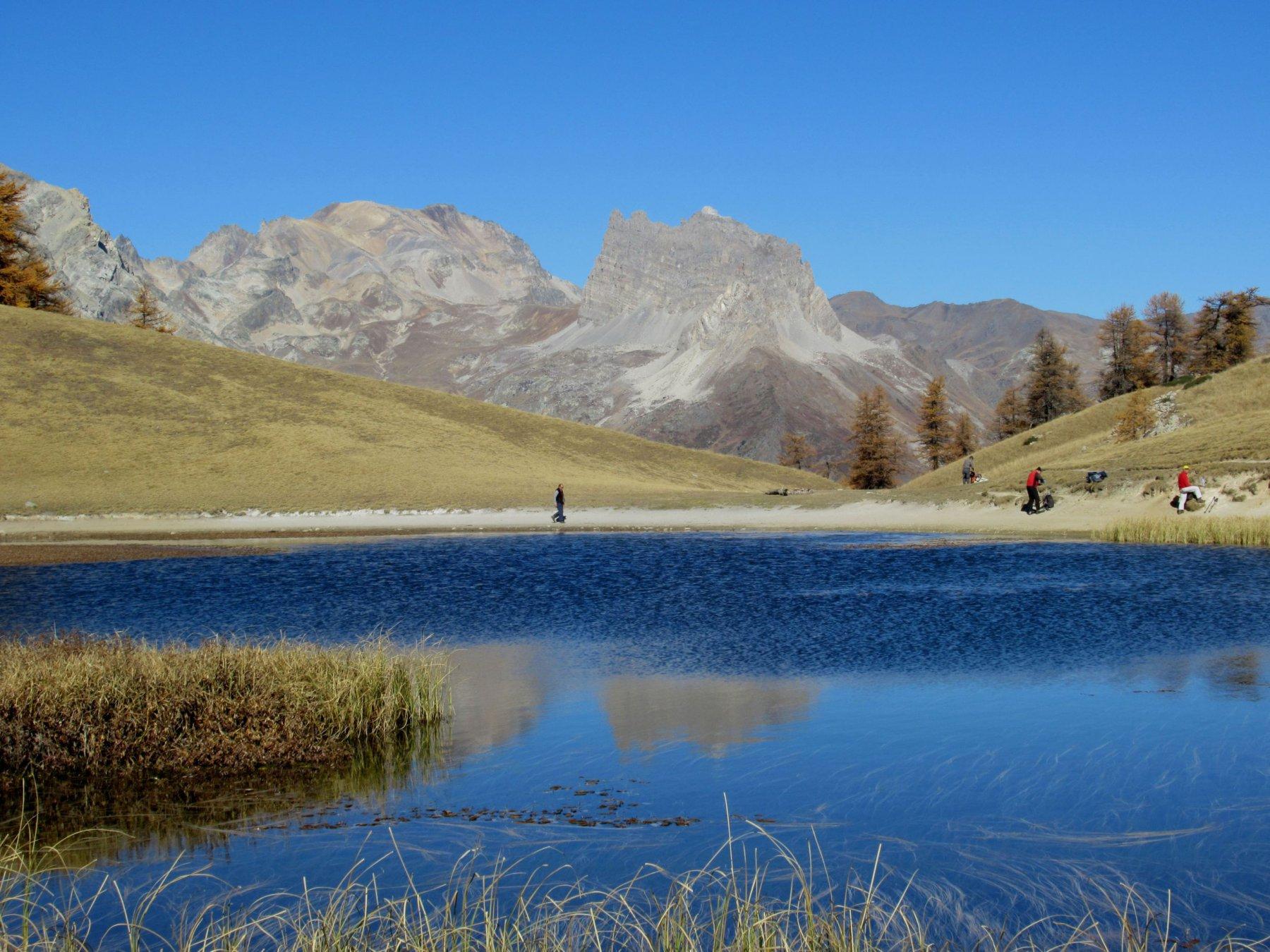 Lago di Thures (o Chavillon) con dietro il Monte Thabor