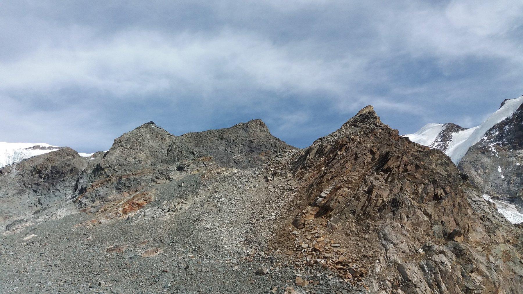 Ultimo tratto , Rocce di Lambronecca