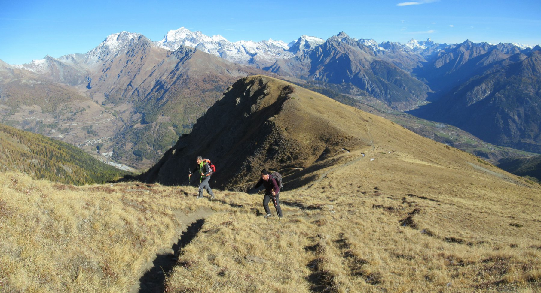 Salendo sulla cresta dal Colle Tardiva