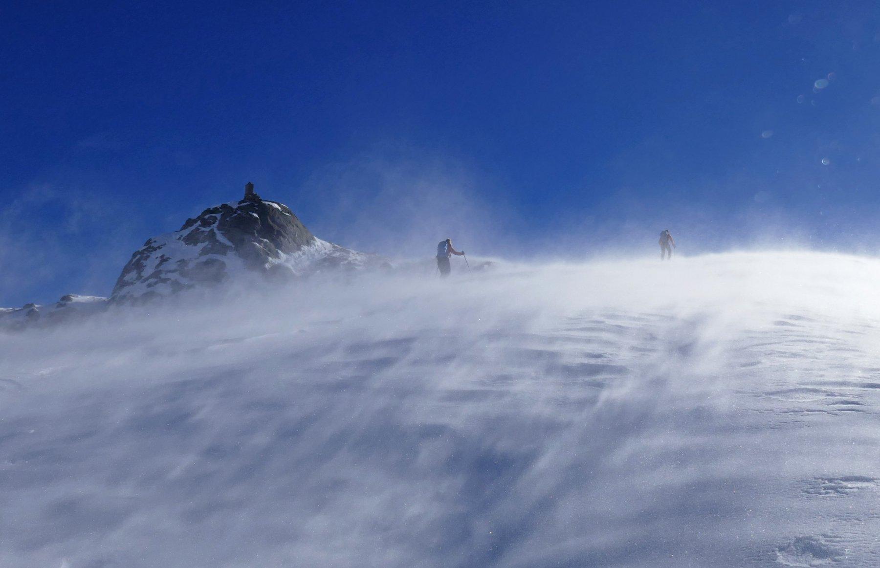 Leggero venticello verso l' arrivo dello skilift
