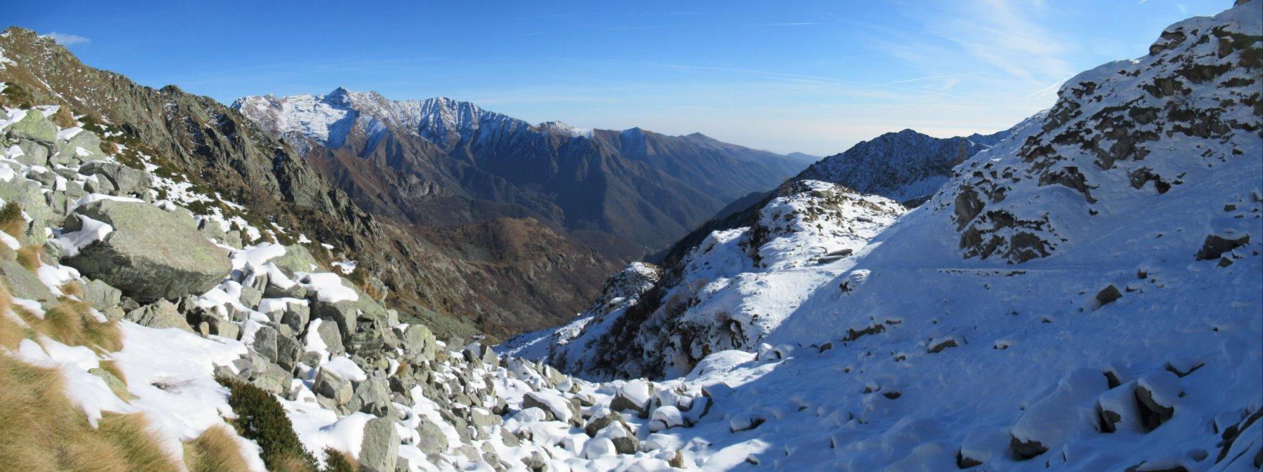 Panorama sul Monte Bo salendo al colle