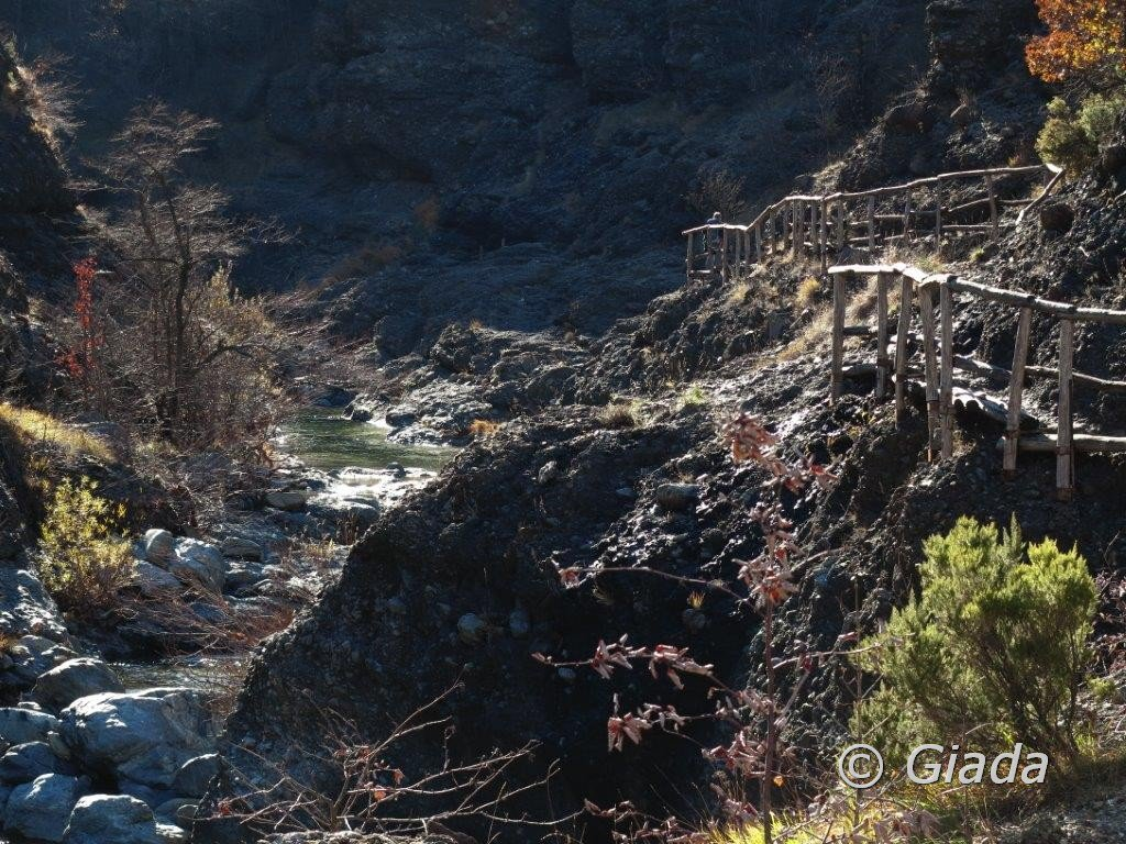 Lungo il rio Gargassa