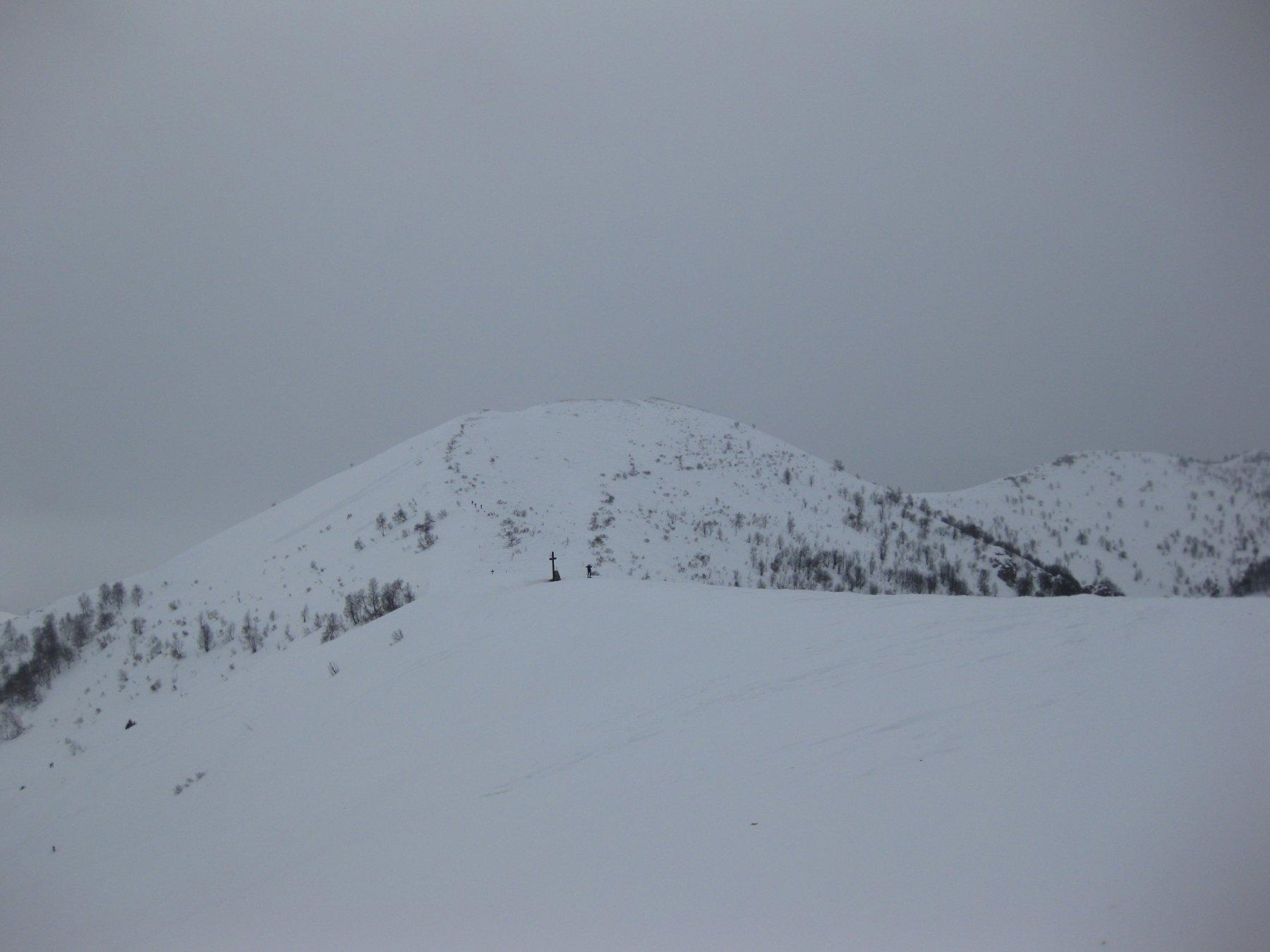 la dorsale verso l'alpe