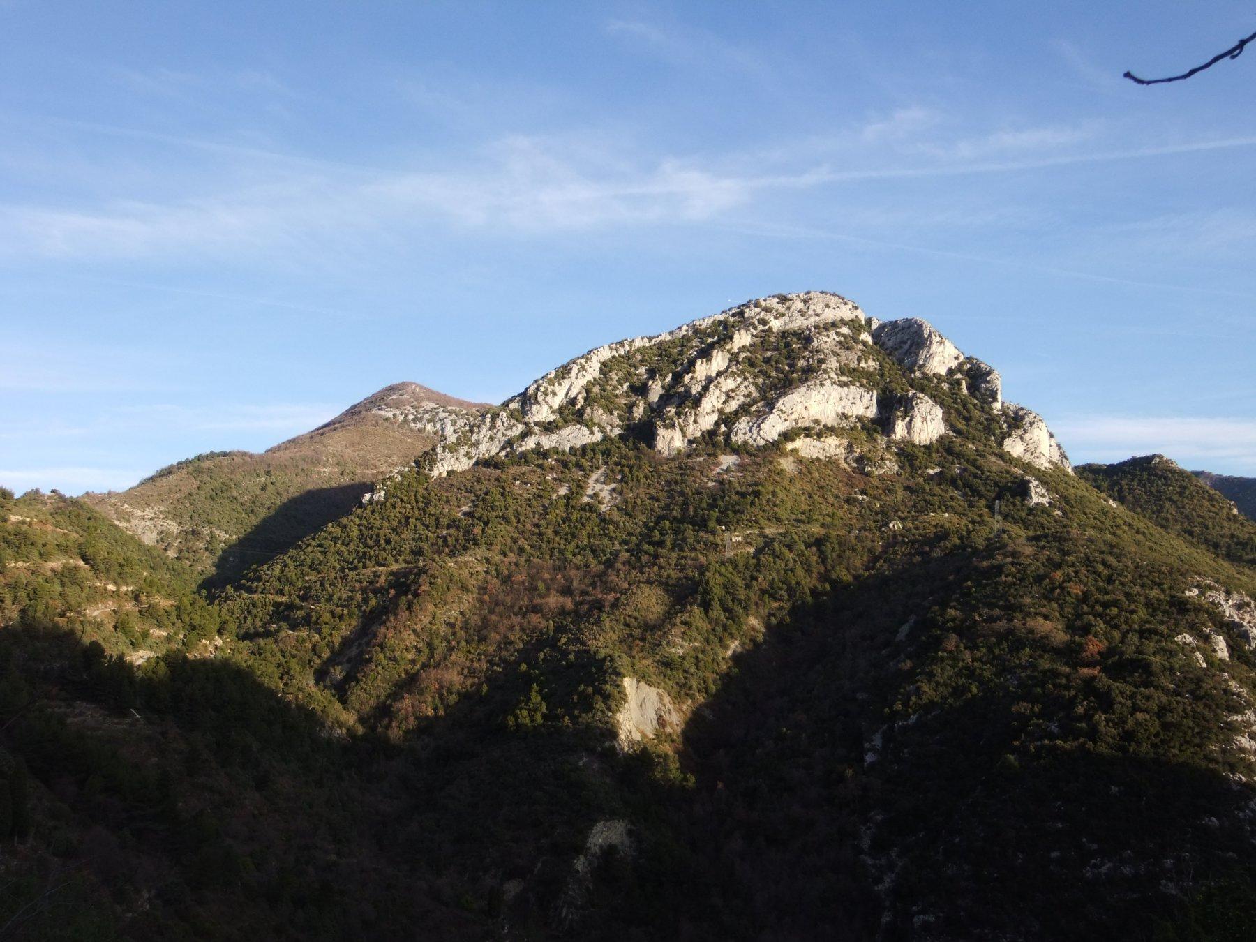Mont Ours e Pointe Siricocca dalla partenza a Sainte Agnès