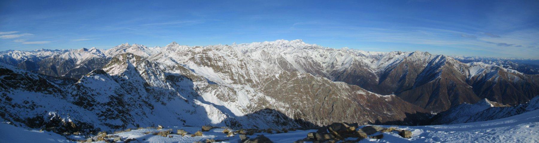 Spettacolare panorama dalla vetta del Monte Camino