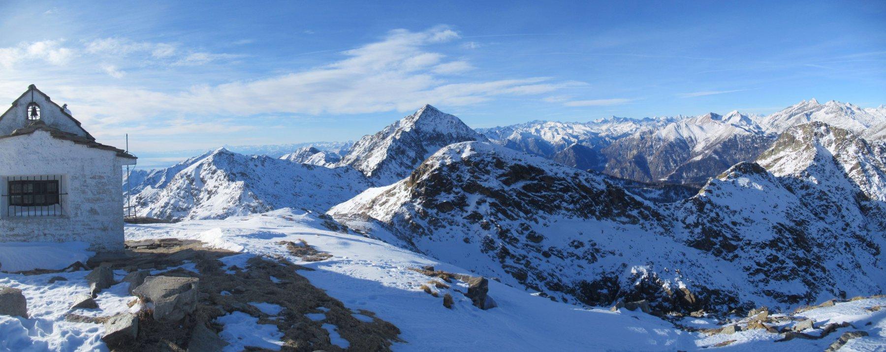 Panorama dalla cima del Monte Camino