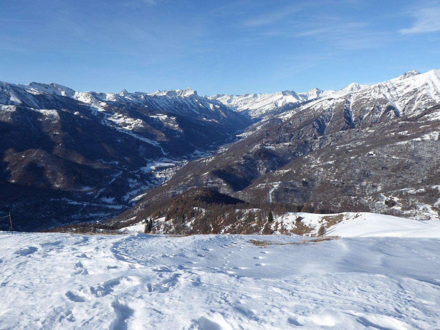 La Val Varaita dalla vetta.