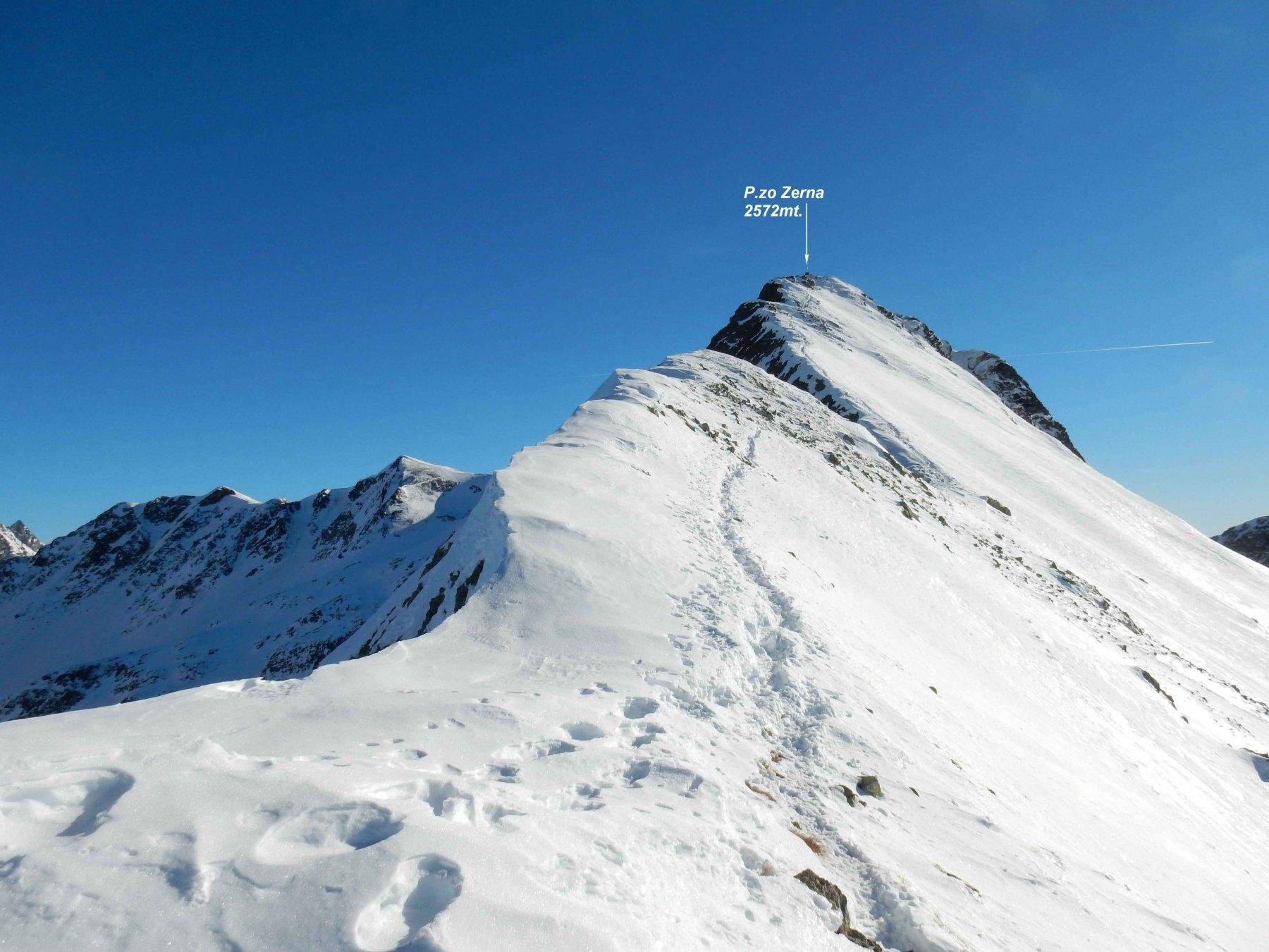 Sulla cresta che porta al P.zo Zerna.