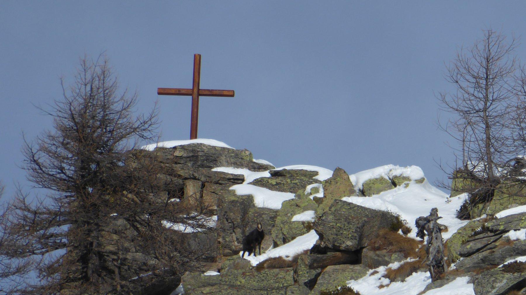 Zoom su Croce Pruset con le due...sentinelle|