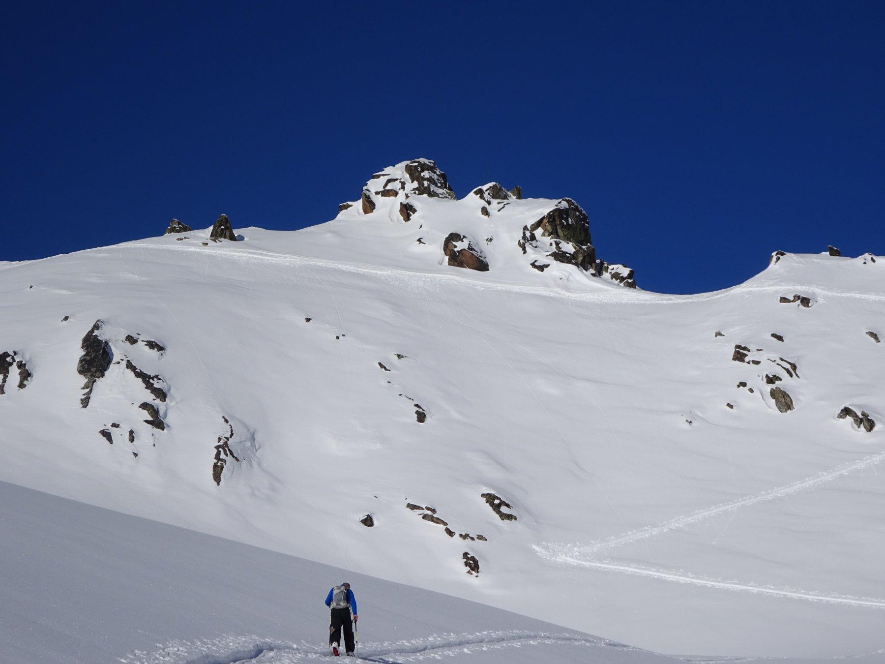 In vista della cresta che adduce alla cima