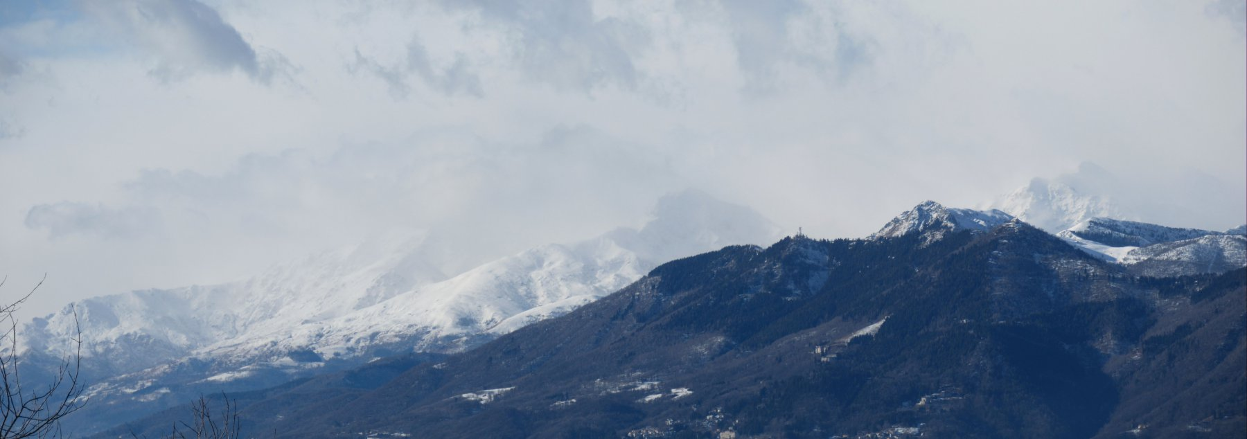 Tormenta sulle montagne biellesi