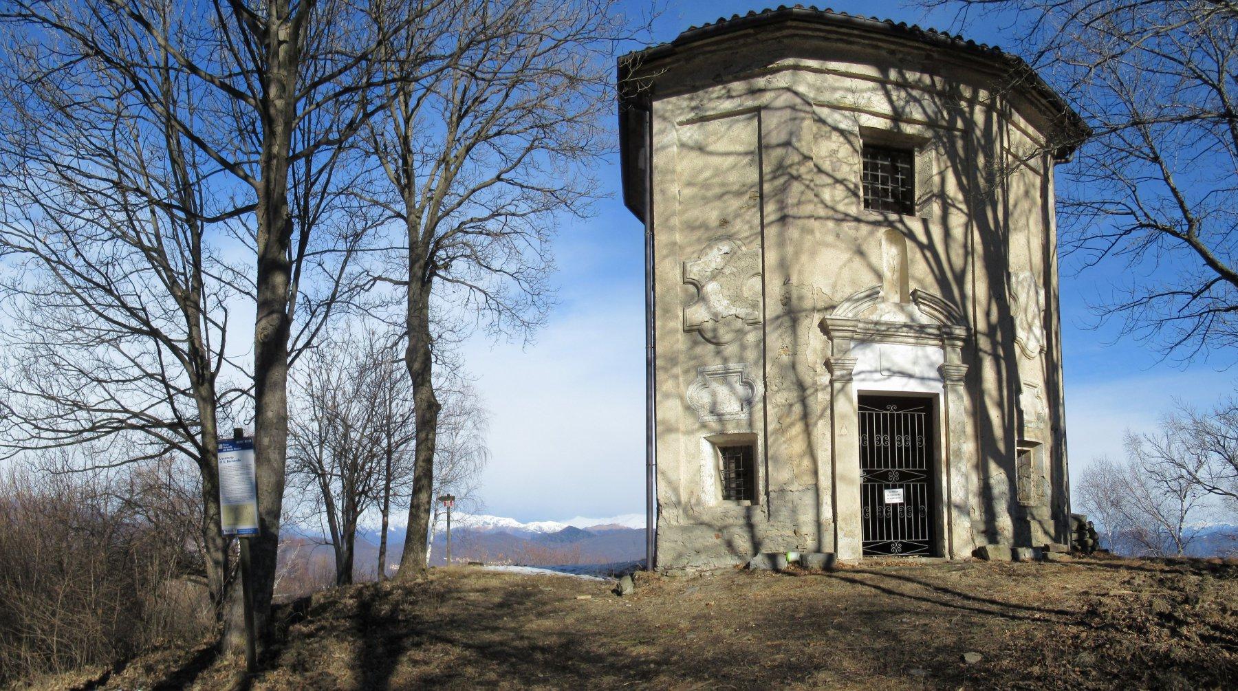 Monte Fenera m. 894 Chiesa di San Bernardo